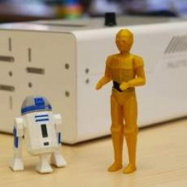 Low-Poly R2D2 and C3PO - Version con dos extrusores
